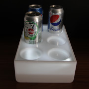 Cans-stand-with-light01