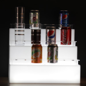 Cans-stand-with-light02