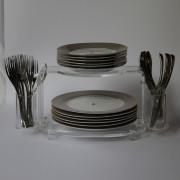 Plates-Holder01
