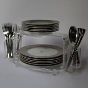 Plates-Holder02