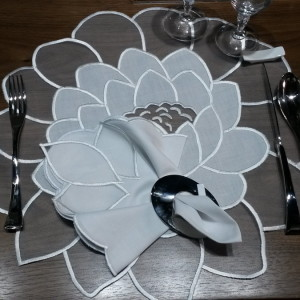 placemat rose1
