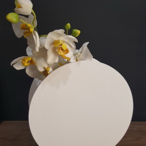 vase round